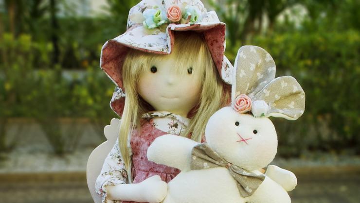 capa do curso Boneca Sophia e seu coelho
